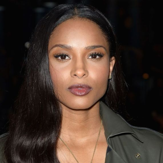 Ciara's loose curls are easily achievable: simply barrel tong and then brush out with a paddle brush.
