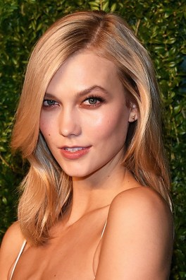 Karlie's soft lob looks perfect with this season's bronze eyes.