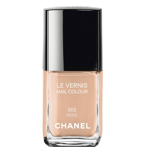 Chanel Beige nail
