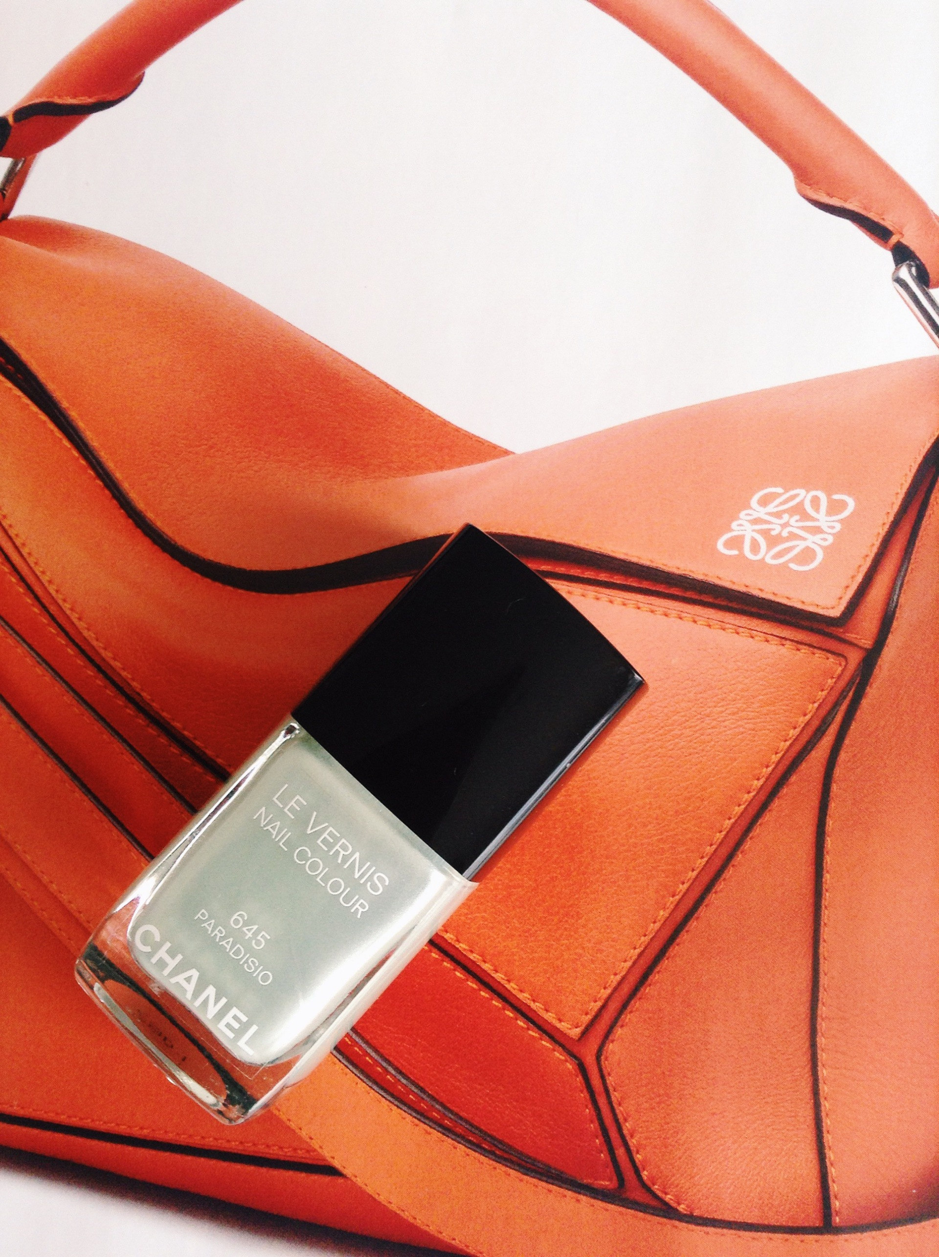 Chanel Paradiso Nail varnish