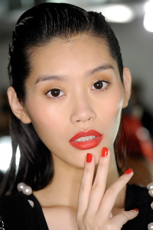 Zac Posen SS15 orange lips