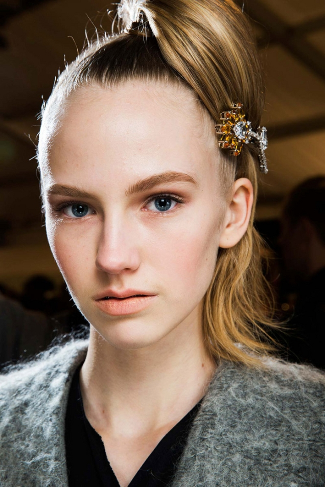 prada-fall-2015-hair