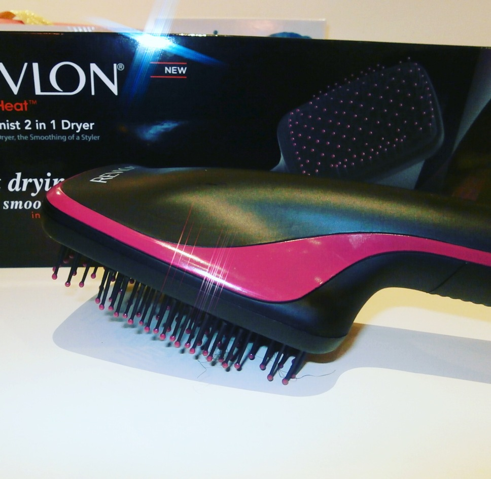 Revlon's 2 -in-1 Hair Dryer