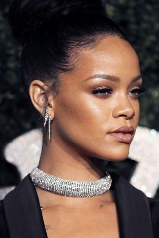 dark skin nude lipstick rihanna how to