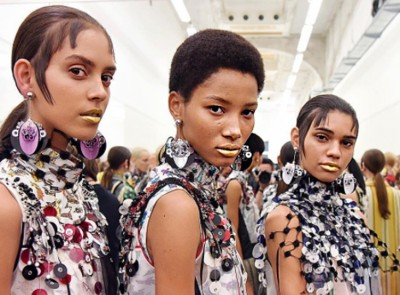 prada-ss16_beauty backstage