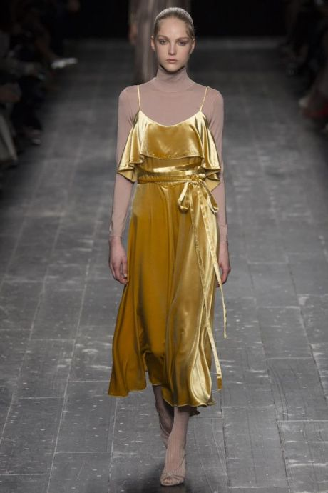 Valentino aw16 ballet style get the look