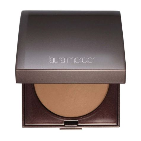 Kim Kardashian Get the Look VMAs with LAura Mercier MAkeup by Mario - BAked BRonzer 03