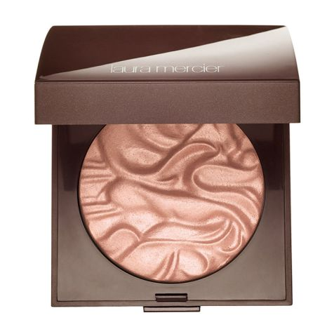 Laura MErcier illuminator in devotion
