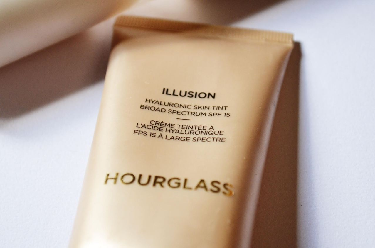 hourglass-hyaluronic-skin-tint