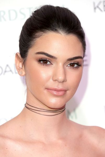return-of-lipgloss-blush-london-slapp-kendall-jenner