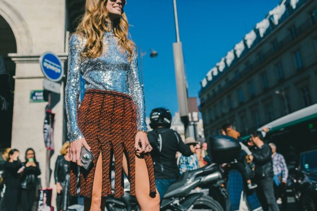 carwash-pleats-eye-silver-sequins-daytime-sequins-evenign-to-day-night-to-day-orange-burnt-orange-tweed-black-and-orange-paris-fashion-week-street-style-fall-winter