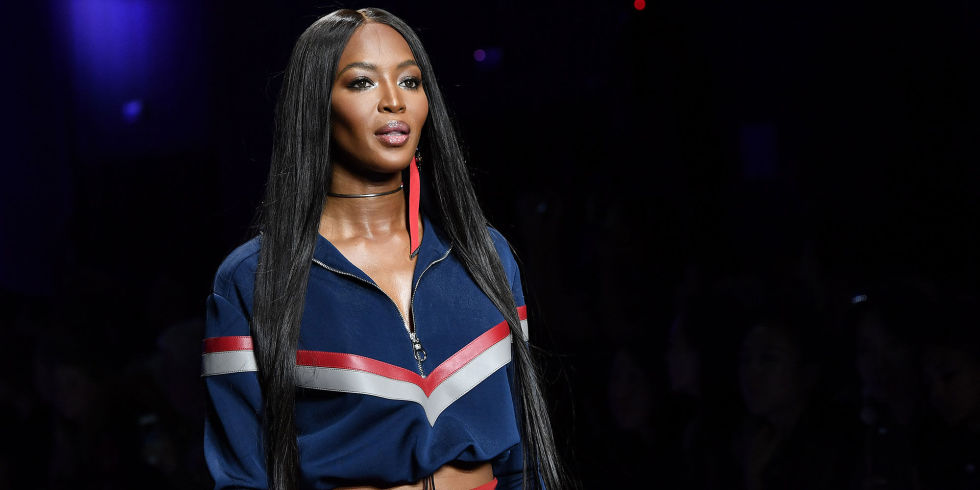 naomi-versace-ss17-straight-hair