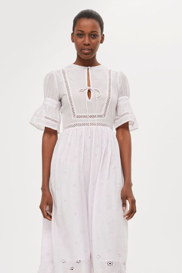 BRoderie anglaise summer dress white