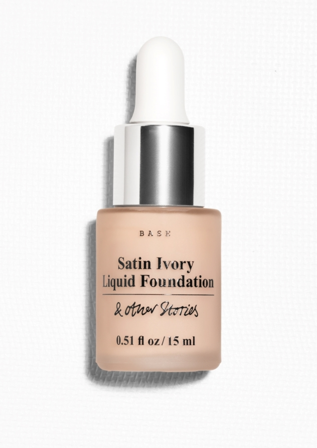 & Other Stories Liquid Foundation darke - £18.50